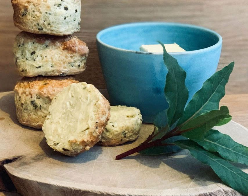 BAY-INFUSED CHEESE SCONES